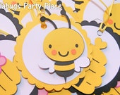 Bee, Bee hive, Bee baby shower, Mommy to Bee Treat Bag Tags