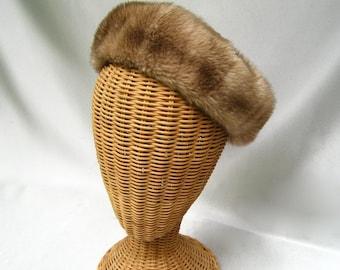 Vintage Ladies Hat Faux Fur Beret