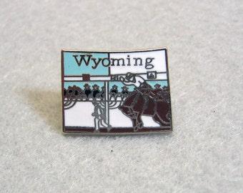 Vintage Enamel WYOMING Tie Tac, Tack Pin, Lapel Pin