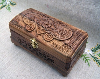 Jewelry box Wooden box Ring box Jewelry wooden box Jewelry organizer Jewelry holder Jewelry storage Wood box Jewelry carved wood boite B5