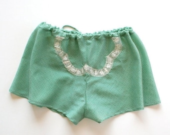 ON SALE Lace Cotton Shorts Panties Lingerie / Peridot Emerald Green Ivory Clover Vintage Voile / Small - EMMY Garçonne Tap Shorts Ready-to-S
