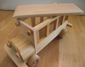 Reclaimed Wooden removable top Toy Bus for Children Kids Boys Eco friendly Car Natural Unpainted Organic