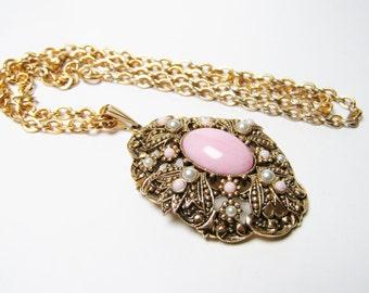 Avon Pink Pendant Necklace - Queen Anne's Lace, Vintage 1970s, Pastel Pink and Faux Pearls in Gold tone Metal