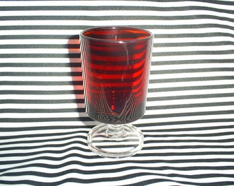 Vintage, Set of 4 Arcoroc Red Cordial Glass.
