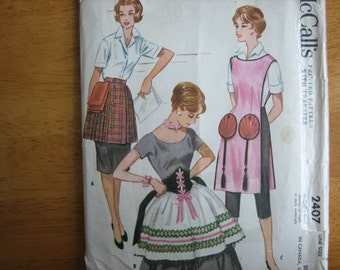 McCall's Pattern 2407 Misses' Aprons with Transfer     1960      Uncut