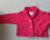 Pink mohair wool boucle cropped hand knit cardigan 80s by Artwork M