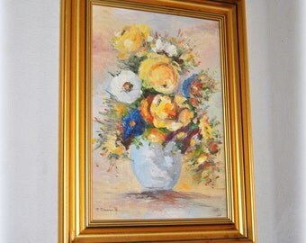 Original Art Still life Oil Painting, Vase with flowers, Signed Fine Art, Wall Art, Cottage Chic Decor Framed Vintage Art