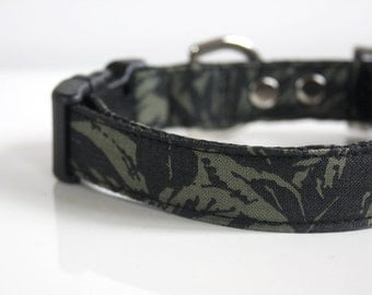 Linen botanical Dog Collar - dark charcoal gray, green