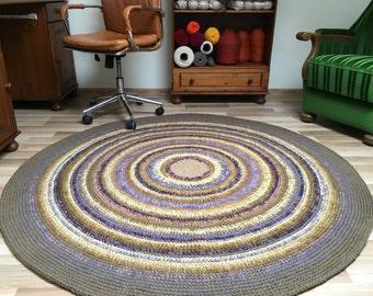 Very beautiful large are wool rug, hand crochet, 65'' in diameter