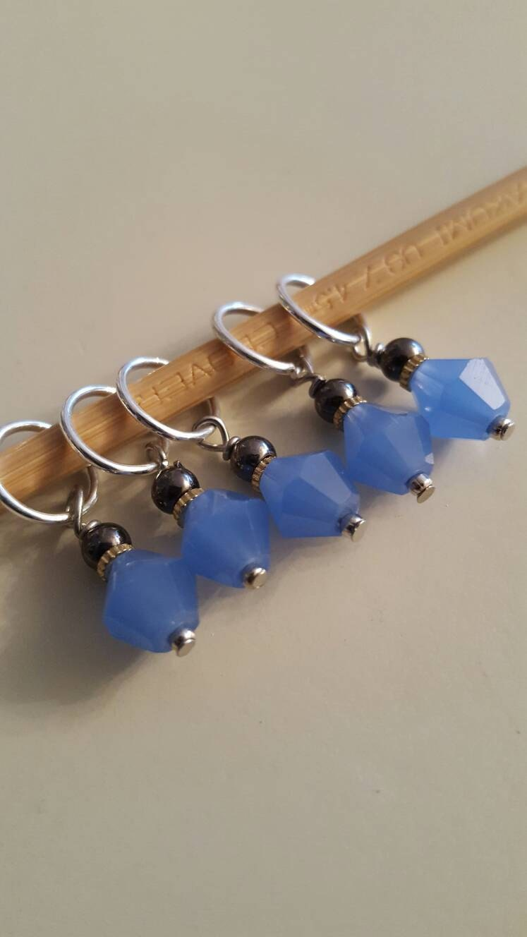 Knitting Markers Etsy : Blue knitting stitch markers from evidentlymotley on etsy