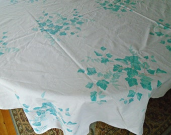 Vintage Ivy Tablecloth / White Cotton Tablecloth / Vintage Cotton / Green Ivy Print / Blue Green / Oblong Tablecloth / Large Tablecloth