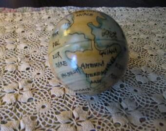 Nesting World Globes