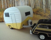 Christmas tree ornament Camper
