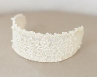 Ivory Lace Cap, Ivory Headpiece, Vintage Lace Headband, Lace Crown, Ivory Veil Cap, Wedding Headpiece, Princess Grace - STYLE 30