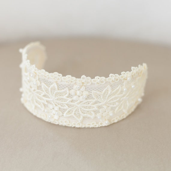 Lace headpiece, Ivory Lace Cap, Ivory Headpiece, Vintage Lace Headband, Lace Crown, Veil Cap, Wedding Headpiece, Princess Grace headpiece