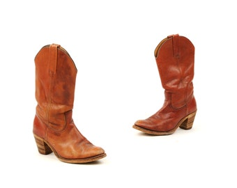Vintage 1970's Frye Brown Leather Western Cowgirl Stacked Wooden Heel Mid Calf Distressed Boots 8.5