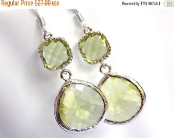 SALE Green Apple Earrings, Glass Earrings, Green Earrings, Peridot, Silver Earrings, Bridesmaid Earrings, Bridal Earrings, Bridesmaid Gifts