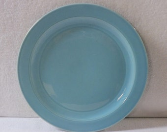 Vernon Kilns Plate Turquoise Early California 8-1/2-Inch Luncheon Plate