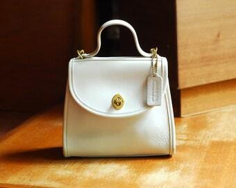 vintage Coach white leather purse / Coach Regina bag