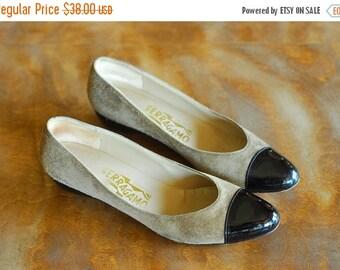 JULY SALE / vintage Salvatore Ferragamo suede wedge shoes / size 7.5 narrow