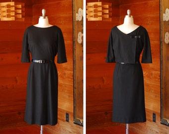 vintage 1960s black wool dress / size medium