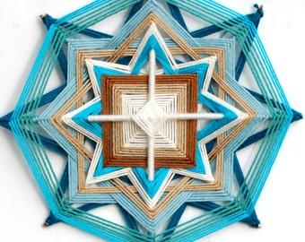 Northern Star (12 inch yarn mandala / god's eye / ojo de dios )