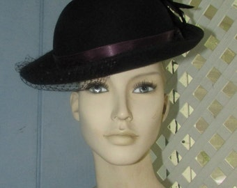Beautiful BLACK Womens HAT With Feather  Small Net  Wool Felt Midcentury Accessory Designer's Exclusive Touch Label