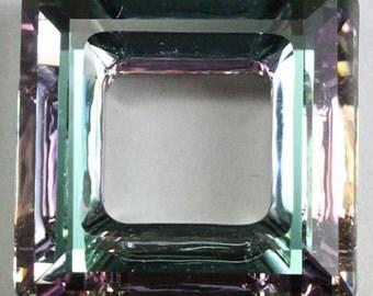 1 piece Swarovski Crystal 30mm 4439 Faceted Square Frame Pendant Crystal VITRAIL LIGHT VL