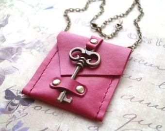 Pouch necklace, Steampunk bag, Vintage skeleton key pouch, medicine bag. boho style. Genuine leather, key closure. Caramel bag
