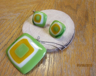 Fused Glass Necklace and Earrings Matched Set Green Gold White