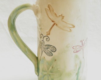 ceramic dragonfly coffee mug 20oz  stoneware 20B093