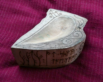 Holly Spirit Spell Bowl For Courage