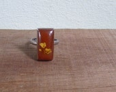 20% CNY SALE - Vintage 60's Flora & Fauna Red Rectangle Pressed Flower Ring