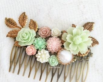 Romantic Wedding Hair Comb Blush Pink Mint Green Hair Slide Beautiful Bridal Hair Adornment Bridesmaid Gift Pastel Flower Hair Pin