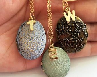Personalised Locket, Antique Design Locket Necklace, Customised Locket Gift, Wedding Jewelery, Custom Locket, Bridesmaids Necklace