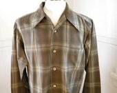 Mens Perfect Pendleton Wool Plaid Shirt / 70s Brown Green / Hipster Clothing / Mens Gifts / Mens Work Shirts / Mens Shirt Jacket / LARGE