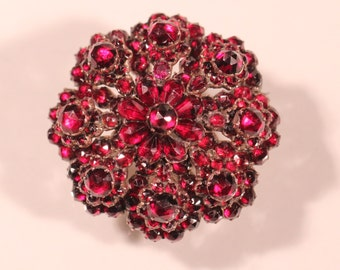 Gorgeous Antique Czechoslovakian Brooch Faceted Garnets Floral Jewelry