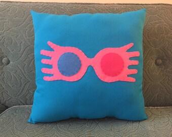 harry potter spectrespecs throw pillow