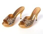 vintage 50s 60s LEOPARD heels // Peekaboo Gold Fur Polly Genie High Heels Mules 6 Sorrento Originals