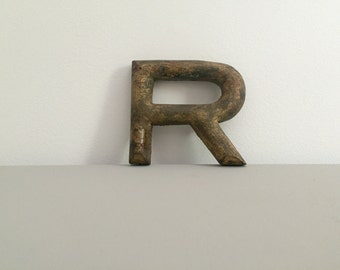 Small Antique Gold Letter R