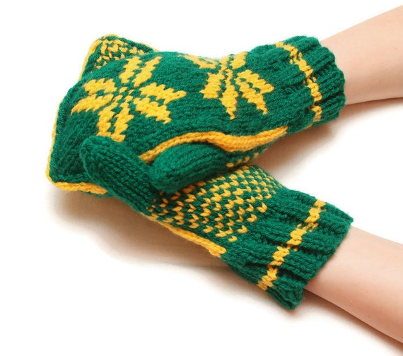 Patterned knitted mittens - green mittens, yellow pattern, traditional mittens, warm winter mittens, warm mittens, snowflake pattern