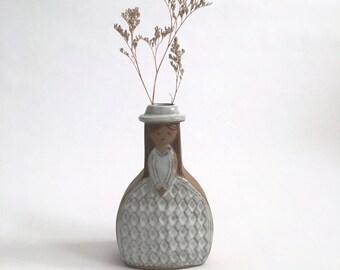 Sweet Girl Vintage Pottery Weed Pot Vase Scandinavian? Japanese? Lisa Larson Era - UCTCI - Gempo