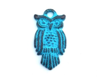 Owl Pendant Charm, Blue Patina, Black Owl, Flat Back, Detail Rustic Front, Scrapbooking Charm, Mixed Media Element