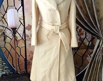 Gorgeous Vintage Hudson Bay Coat, Virgin Wool Coat. Cream Pea Coat. Wool Wedding Coat. Long Vintage Coat.