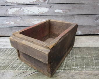 Vintage Wood Box with Handles Antique Primitive Wooden Box Rustic Aged old Patina Display Early 1900s Era