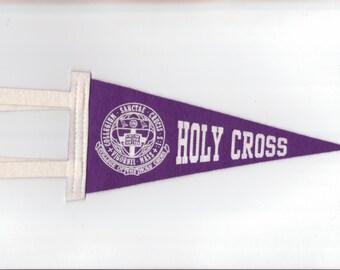 Vintage College Pennant Holy Cross UNIVERSITY College Small 9 x 4 Inch MINI Felt 1990s Era School Pennant Flag Dorm Collectible Sports Decor