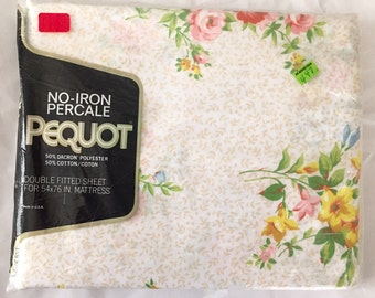 Vintage 1960s 70s Pequot No-Iron Percale Pink Beige Yellow Floral Full Double Fitted Sheet