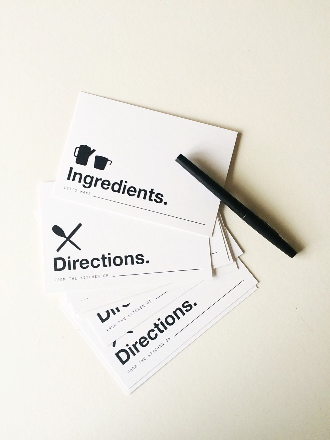 Modern recipe cards recipe cards housewarming gift for Minimalist gifts for housewarming