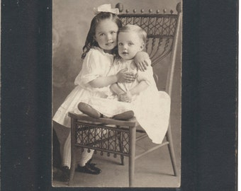 Sweet Siblings portrait cabinet card portrait vernacular photography found photo sisters