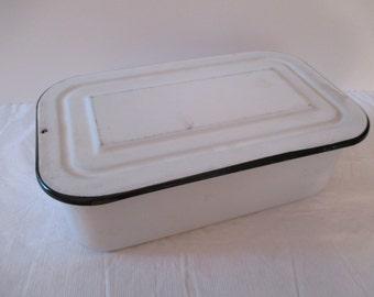 Vintage Enamelware Storage Container - Enamelware Box - Enamelware Refrigerator Dish